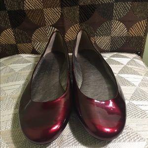 Gianni Bini Patent Red Ballet Flat